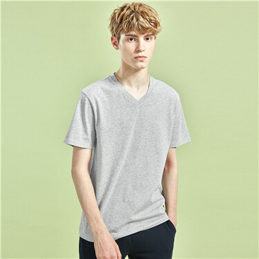 Solid v-neck short-sleeve tee