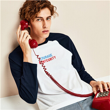 牛角袖撞色刺绣宽松圆领长袖T恤