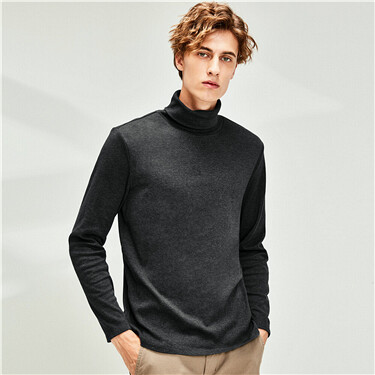 Thick stretchy turtleneck t-shirt