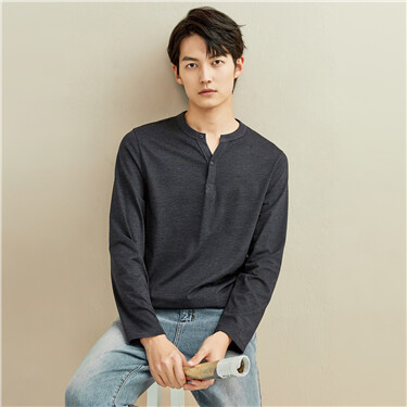 Solid color henley neck long-sleeve tee