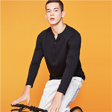 Solid henley neck long-sleeve tee