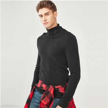 Combed cotton turtleneck pullover sweater