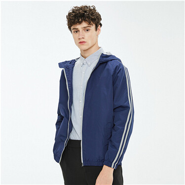 Contrast color raglan sleeves jacket