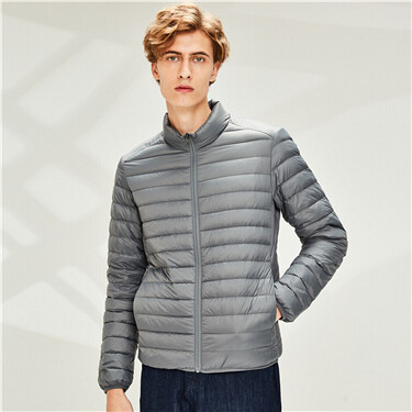Solid stand collar light down jacket