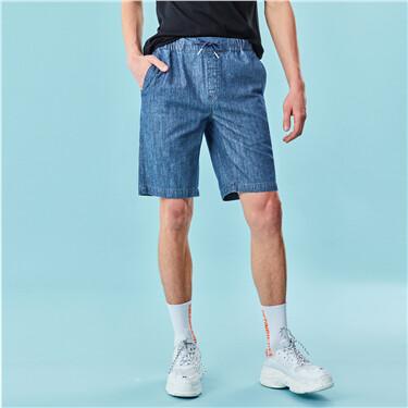 Elastic waistband lightweight shorts