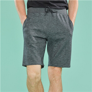 Solid drawstring casual shorts