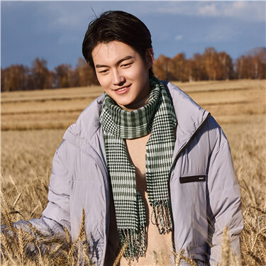 Stylish contrast plaid fringed scarf