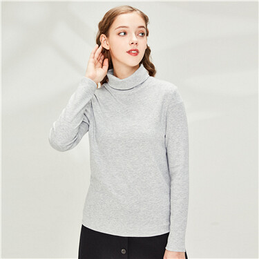 Plain turtleneck t-shirt