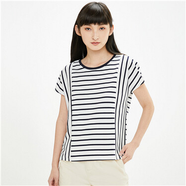 Loose stripe joint crewneck short sleeves tee