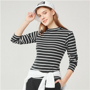 Mockneck long sleeves tee