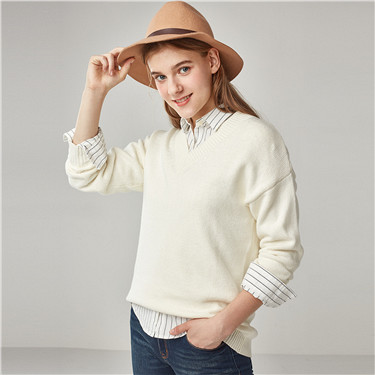 V neck loose pullover sweater