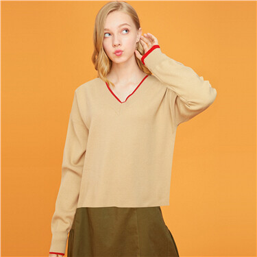 V-neck drop-shoulder loose sweater