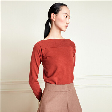Boat neck solid long-sleeve sweater