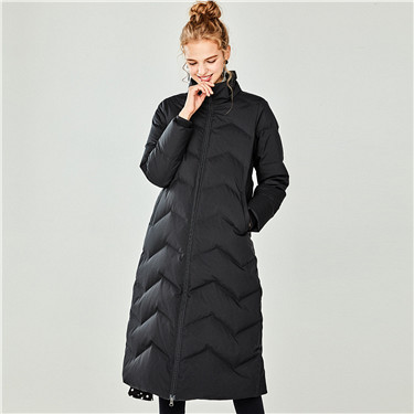 Detachable hood long down jacket