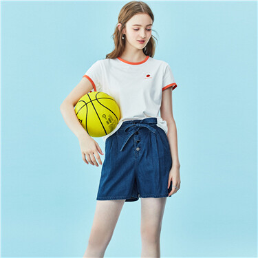 Flower bud waist lace-up denim shorts