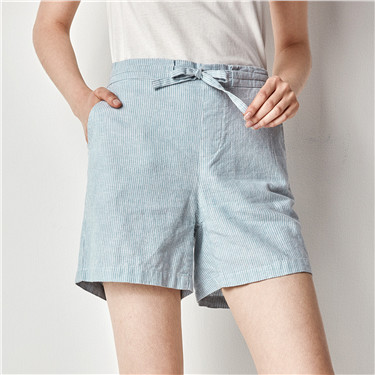 Cotton mid rise shorts