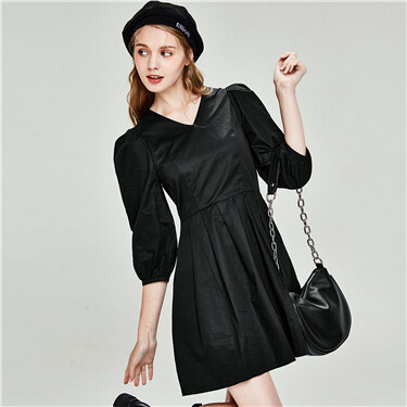 V-Neck Long Pleated Design Sleeve Dress