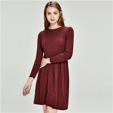 Vintage red large hem knitted dress