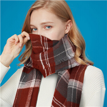 Contrast stripe plaid scarf