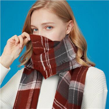Contrast stripe plaid scarf
