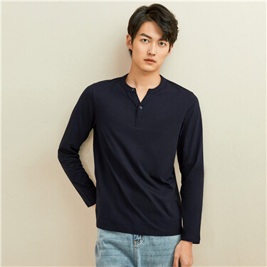 Solid color henley-neck long-sleeve tee