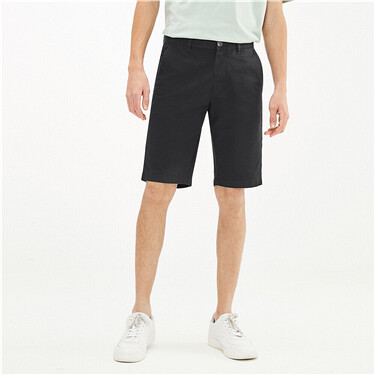 Plain lightweight stretchy mid-rise shorts