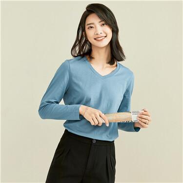 100% Cotton V-neck long-sleeve tee