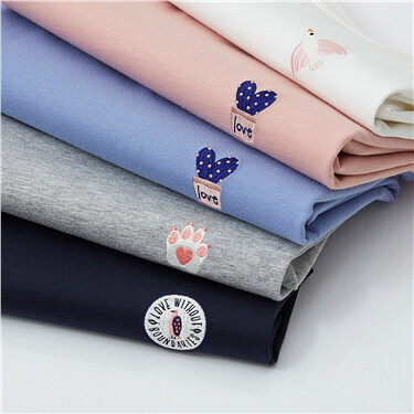 Embroideried animals long-sleeve cotton tee