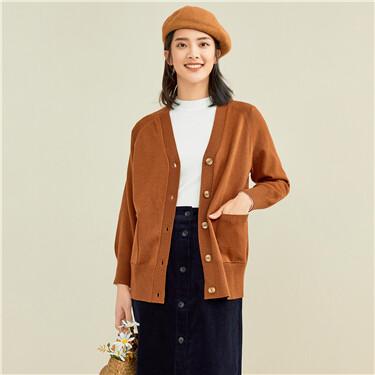 Solid color v-neck raglan sleeves cardigan