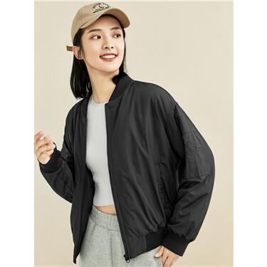 Loose multi-pocket bomber jacket