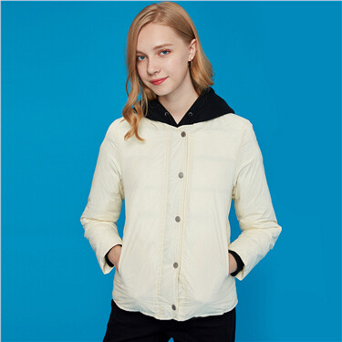 Button closure lightweight down jacket