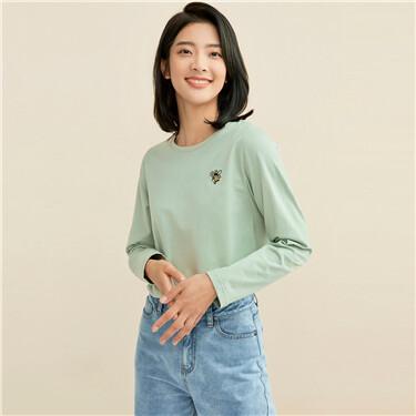 纯棉小刺绣圆领长袖T恤