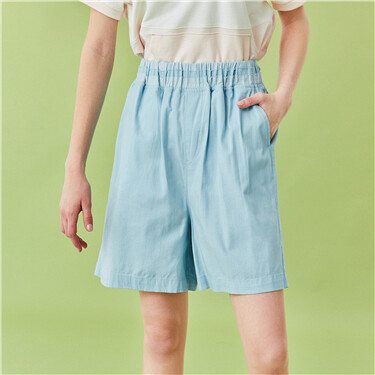 Elastic waistband denim shorts