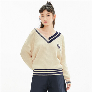 Embroidery contrast color v-neck loose sweater