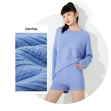 Loose dropped-shoulder long-sleeve knitted wear
