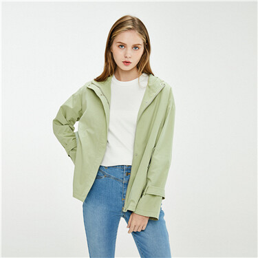 Loose dropped-shoulder hooded jacket