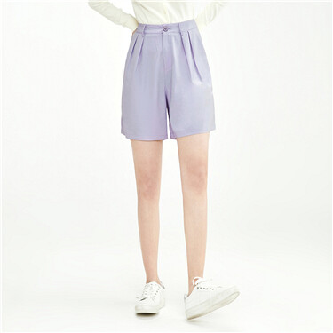 Plain pleated shorts