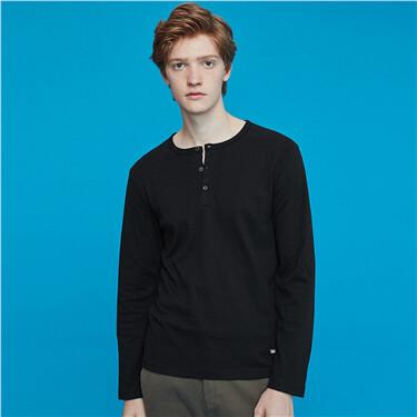 Thick henley collar long-sleeve tee