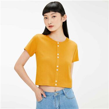 Decorative button twill t-shirt
