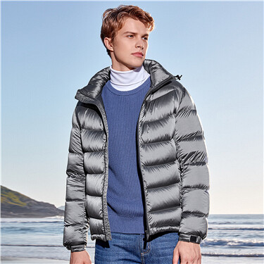 Detachable hooded 90% white goose down jacket