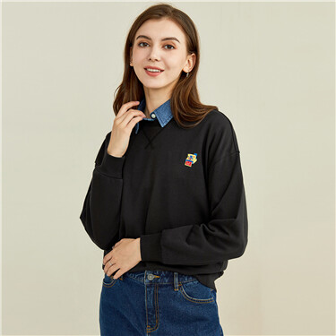 Embroidery dropped-shoulder loose sweatshirt