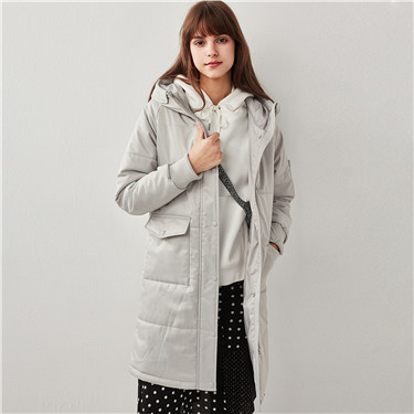 Hooded multi-pocket long quilted jacket