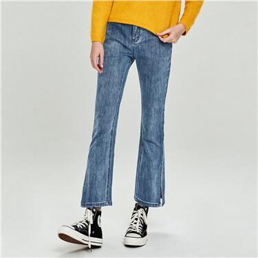 开叉裤脚五袋款喇叭牛仔裤