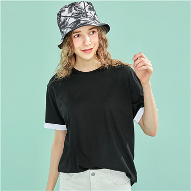 Contrast-color crewneck loose tee