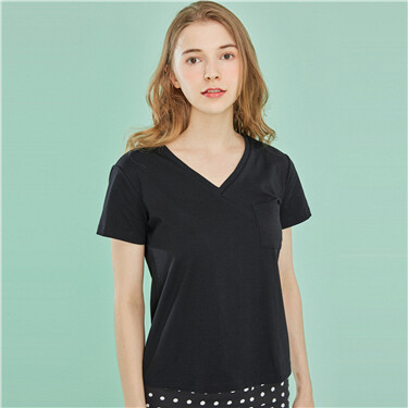 Pocket V neck tee