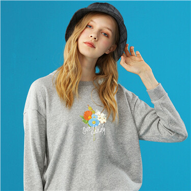 Graphic loose crewneck sweatshirt
